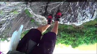 [Free solo climb- Barrett Agent at Chalong Bay Cliffs in Phuk...] Video
