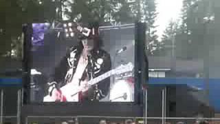 Watch Hanoi Rocks Powertrip video