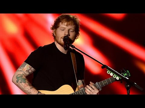 "Ed Sheeran's Mesmerizing ""Bloodstream"" 2015 Billboard Music Awards Performance"
