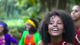 download lagu Mucaa Kaayyoo - Christmas The Oromo Way gratis