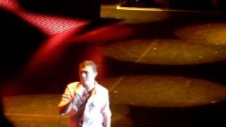 download lagu American Idol's Scotty Mccreery - Turn The Lights Down gratis