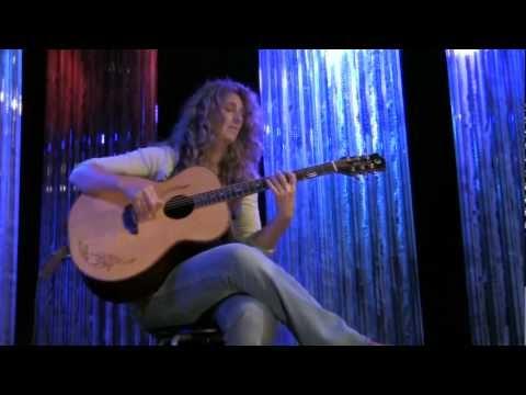 Live From Bay 6 #19: Vicki Genfan