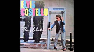 Watch Elvis Costello Crawling To The Usa video