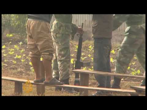 Maoist  former child soldiers 'left' in Nepal camps - 05 Dec 09