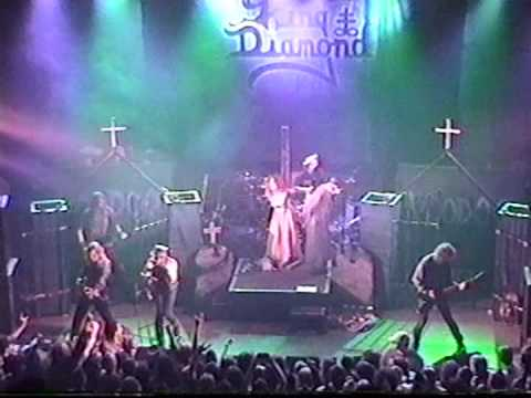 The trial chambre ardente songtext von king diamond lyrics for Chambre d accusation