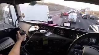 Truck vlog#69 U.K. - Partea 1 -Multe livrari + o intalnire cu un prieten...