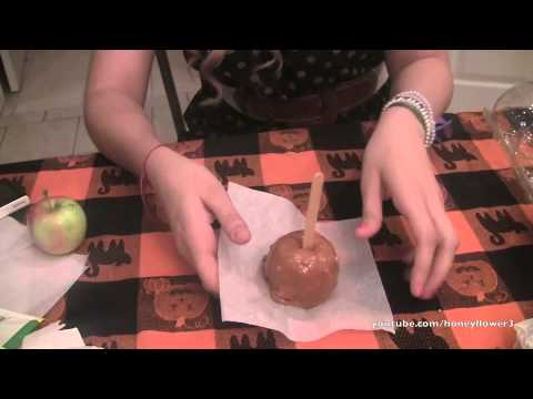 Halloween - DIY Candy & Caramel Apples