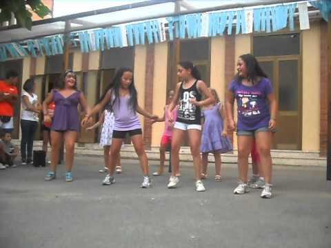 bambini che ballano balada boa