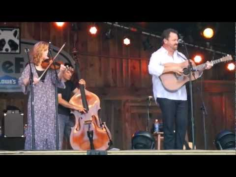 MerleFest25 - Alison Krauss and Union Station featuring Jerry Douglas 2 of 5