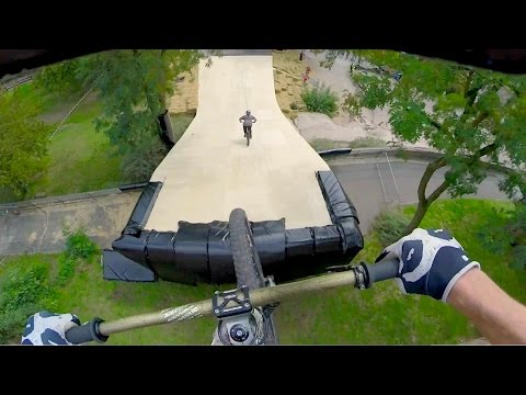 Follow The Leader Slopestyle Mtb Edition video