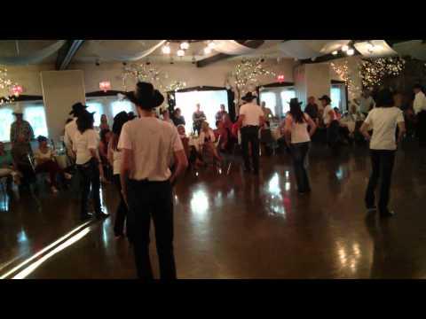 Bal des couleurs 31 mai 2014 Danse en ligne École Star Dance