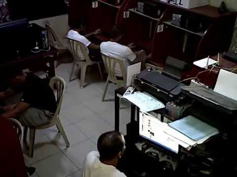 Suntukan sa isang computer shop! (Real Fight caught on Video?)