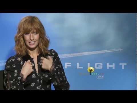 Kelly Reilly Talks About Working With Robert Zemeckis & Denzel Washington