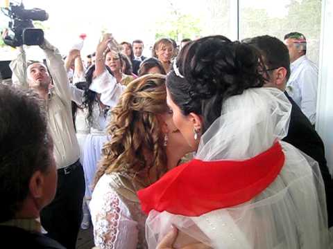Albanian Wedding - Safedin and Aferdita Xhilaj Wedding 2 leaving with dasmor