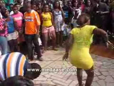 Azonto - Akayida - Mapouka  Dance Competition video