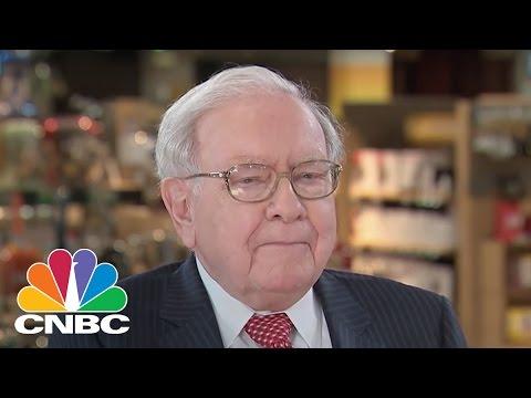 Warren Buffett: Bought A Big Chunk Of Apple | Squawk Box | CNBC