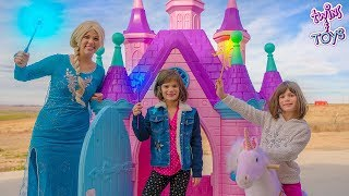 GIANT PRINCESS CASTLE!! Elsa Teaches Twins Kate & Lilly Magic!!