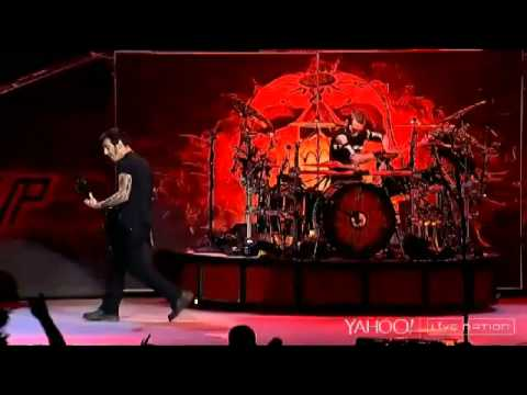 Godsmack - Locked & Loaded,keep Away(live At White River Amphitheatre 2014) video
