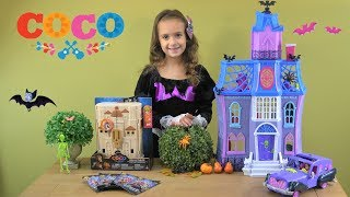 Vampirina at COCO Concert with Disney Pixar COCO Scullectables Stage and Vampirina Scare B&B Toys