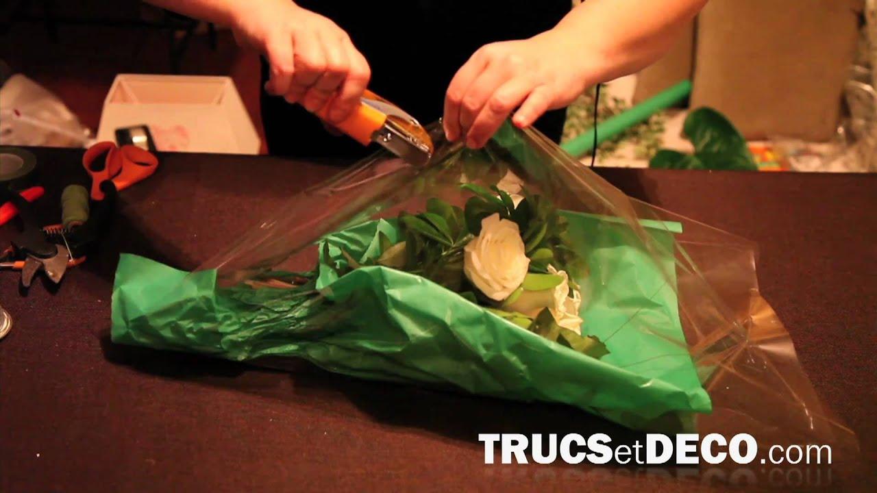 Emballer un bouquet de fleurs comme le fleuriste tutoriel par youtube - Comment emballer un cadeau rond ...