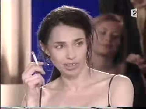 B atrice dalle cannes 2002 interview youtube for Beatrice dalle et joey starr