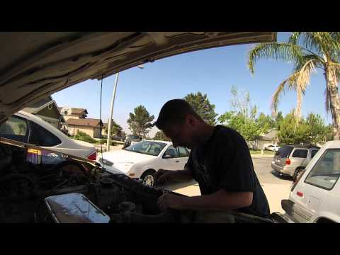 22r Head Gasket Replacement walk through PART 1