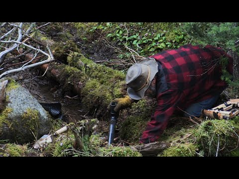 This Prospector Has Some Old Tricks Up His Sleeve For Striking Gold | Devil's Canyon