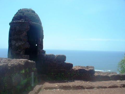 Chapora Fort or Dil Chahta Hai Fort - Goa Tourism Video