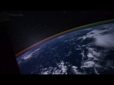 La Tierra de noche, desde el espacio - The Earth at night, from space. NASA, ISS.