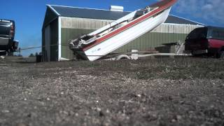 How to remove a inboard boat motor