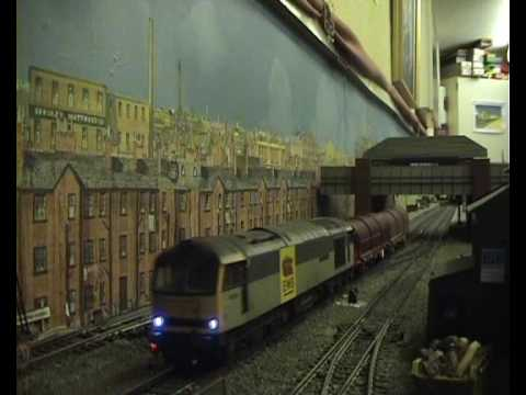Linesiding in OO. DC powered layout - Bidsmere West Video