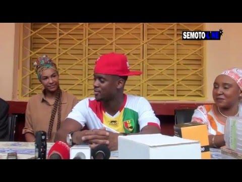 black M ,à Conakry avec sa dulcinée! Partage la générosité de l'artiste!