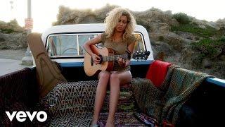 Download Lagu Tori Kelly - Beautiful Things (Vevo LIFT) Gratis STAFABAND