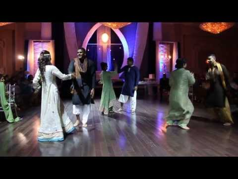 Mehndi Dance 2013 - Hookah Bar   Desi Beat   Teri Choodiyan   My Name Is Lakhan video
