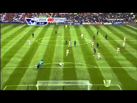 DEMPSEY AMAZING 30 YARD GOAL VS STOKE CITY 125_13 HD