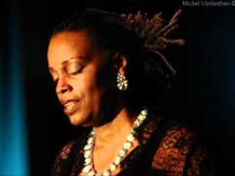 Dianne Reeves - I Remember Sarah