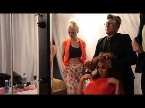 Backstage desfile Ecuador Fashion Night 2014 by LUIGI DIAZ MAKE UP ARTIST