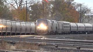 Amtrak 48 Train Goes Around The Curve