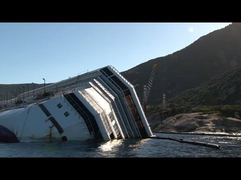 Italy cruise ship wreck removal faces big delays