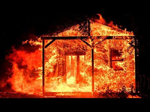 'Unprecedented' California wildfires kill 10 people