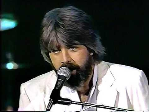 Michael McDonald  I Keep Forgettin  on Solid Gold 1982 HQ with New Dubbing