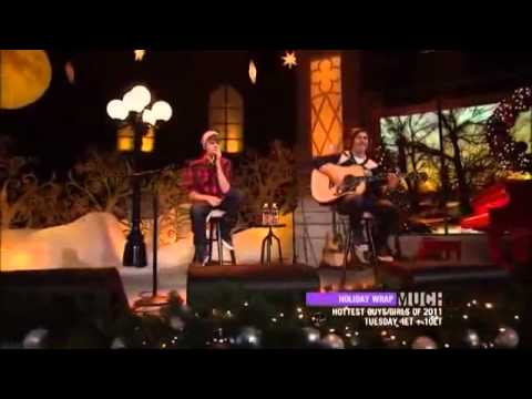 Justin Bieber Performing Baby Home For The Holidays