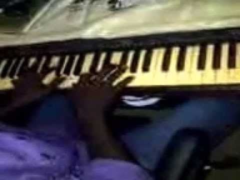 P Square Personality Piano Hook Performerd By Blaq Beatz video
