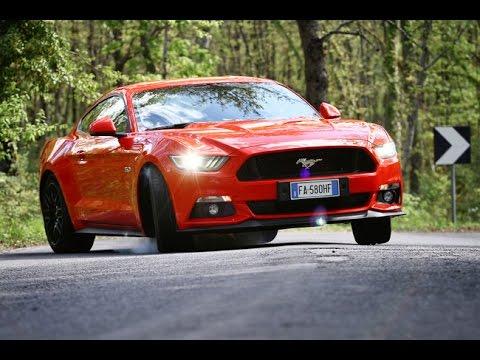 Pure sound Mustang 5000 V8 - Inserito da Davide Cironi il 16 maggio 2016 durata 2 minuti e 42 secondi - Durante le riprese di �savethemanuals� in collaborazione con Omniauto.it ho approfittato per guidare la Mustang in modo �europeo� sui colli della Val D�Orcia per scorprire che di americano � rimasto ben poco.