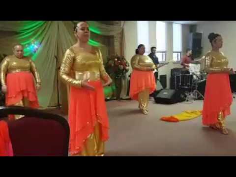 Danza Emir Sensini que tu espiritu descienda