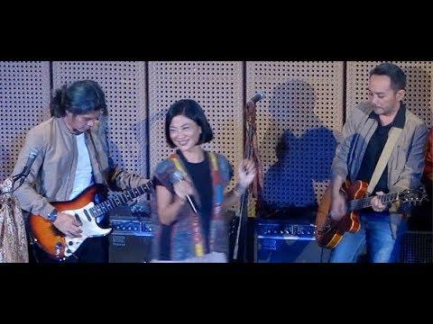Download Mak Engket ★ KOES 2nd GENeration Sari, Chicha, Kenny, David & Damon @ Galeri Indonesia Kaya Mp4 baru