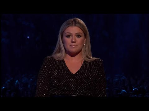 Kelly Clarkson Makes Tearful Plea for Gun Control During 2018 Billboard Music Awards