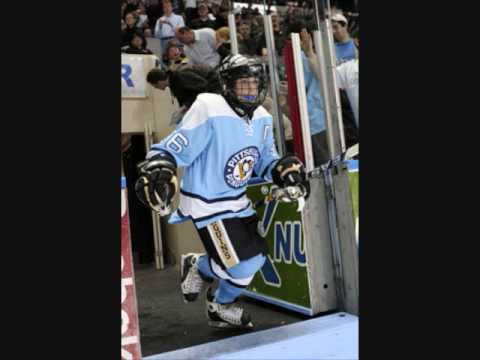 MARIO LEMIEUX 2009 PEE-WEE HOCKEY TOURNAMENT-- QUEBEC CITY CANADA-- Video