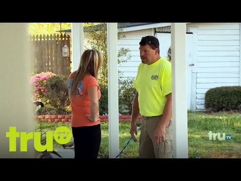 Lizard Lick Towing - Bobby Enjoys Domestic Bliss