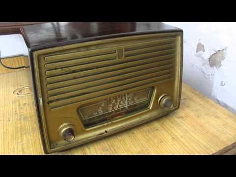Radio Antigua Philips funcionando a valvulas de coleccion